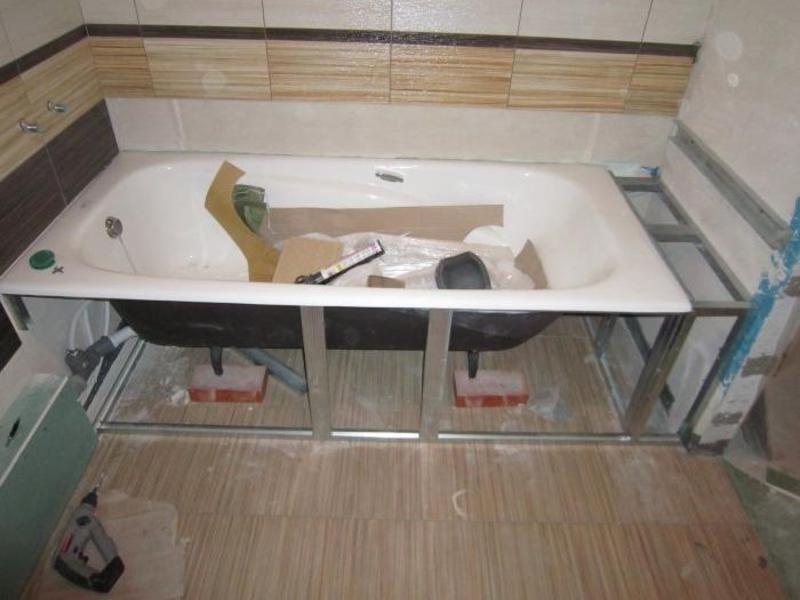 Установка стальной или акриловой ванны